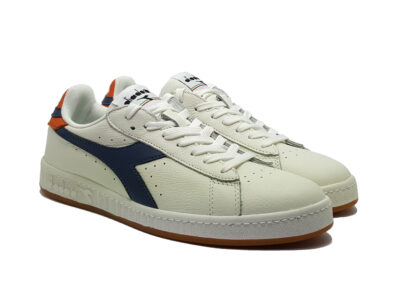 ZAPATILLA GAME L LOW WHITE/DARK DENIM/GOLDEN POPPY